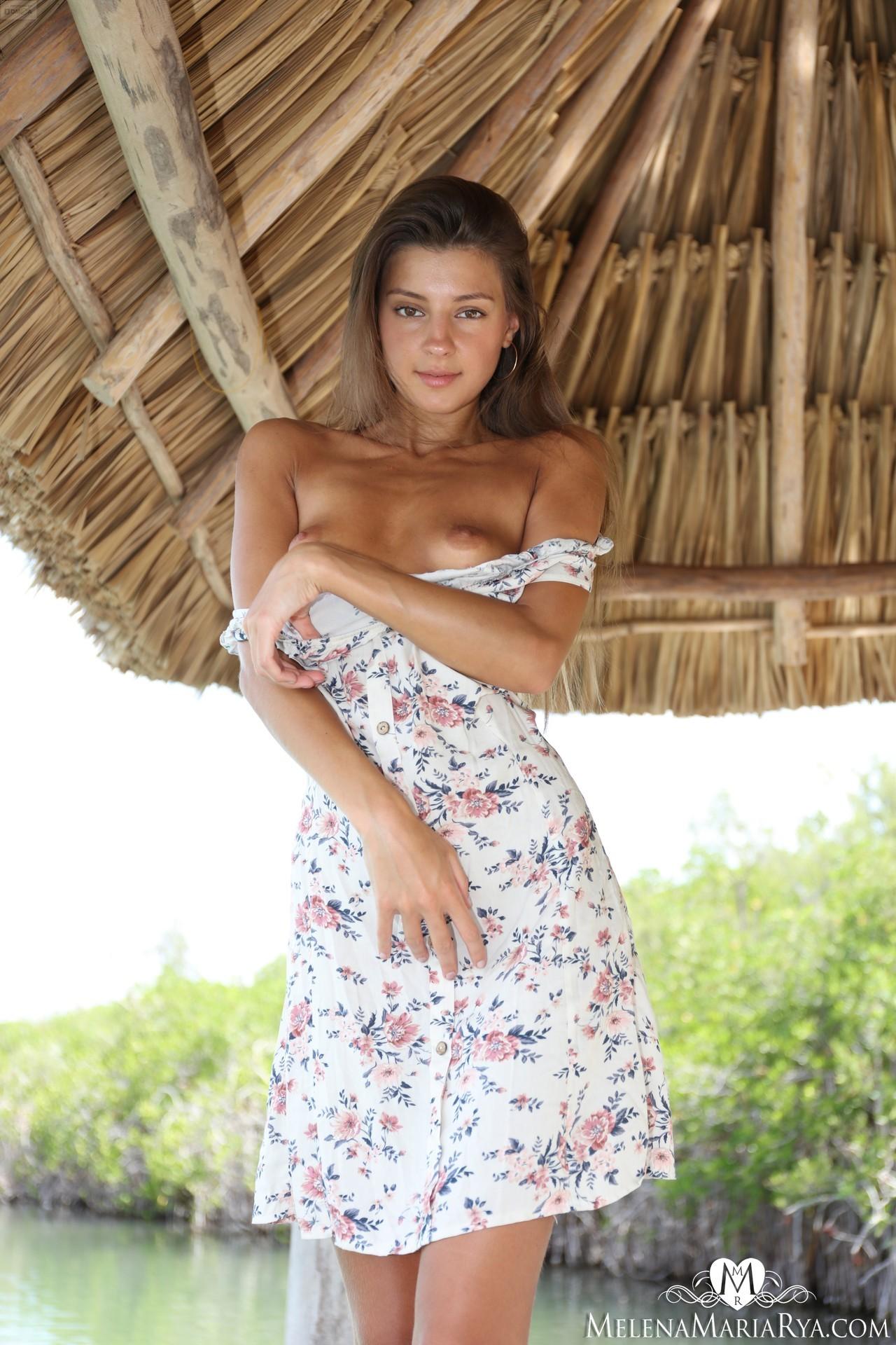 Melena Maria Rya