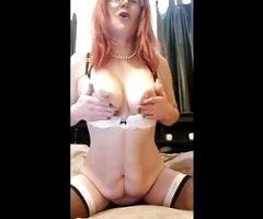Amateur Redhead MILF Dildo Squirt JOI