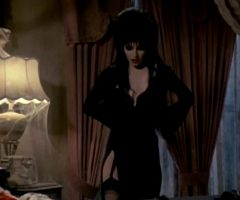 Cassandra Peterson In 'Elvira: Mistress Of The Dark' 1988