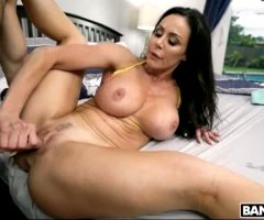 Kendra Lust Getting Her Pussy Fucked