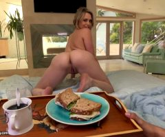 Mia Malkova – Anal For Breakfast