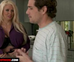 My Friend's Hot Mom – Alura Jenson