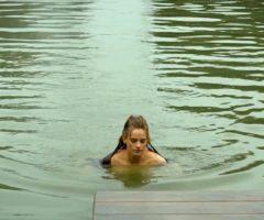 Noémie Schmidt Perfect Plot In 'Versailles'
