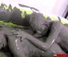 PORNSTARPLATINUM Mindi Pussy Licked In Les Mud Session