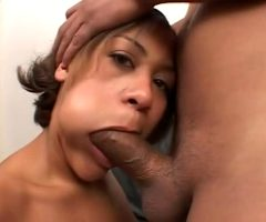 Sunshine – Cheek Bulged Oral Sex With Busty Short-Haired Latina