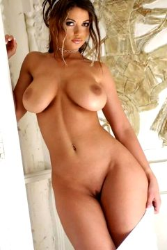 Alluring Pics Set Via Real House Wifes