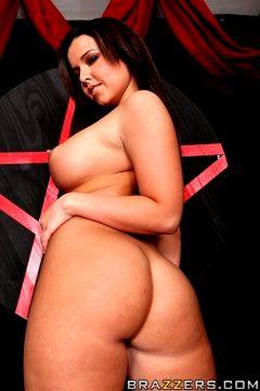 Anal Sacrifice – Emma Heart – Big Wet Butts