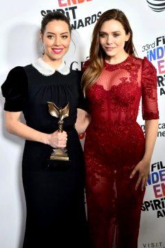 Aubrey Plaza & Elizabeth Olsen