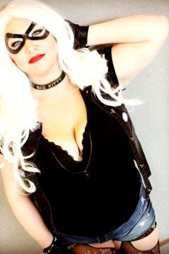 Black Cat Sarah Bellum Cosplay Instagram.com/sarahbellum.cosplay