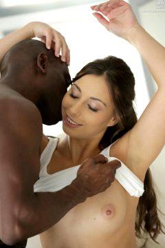 Carla Cruzs Nude Erotic Pictures At 21 Naturals Porn