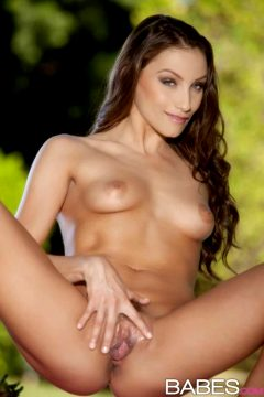 Celeste Star – Flying Solo
