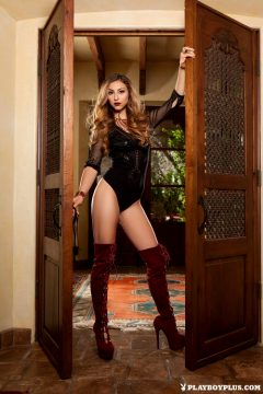 Cierra Avalon Opens The Door To New Possibilities – Set One