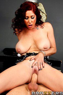 Dick Me Detective – Tiffany Mynx – Mommy Got Boobs