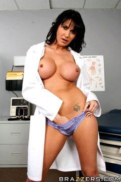 Dr Impostor – Eva Karera – Doctor Adventures