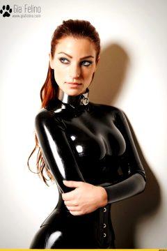 Gia Felino, In Black