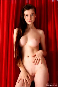 H Way – Emily Bloom Mplstudios