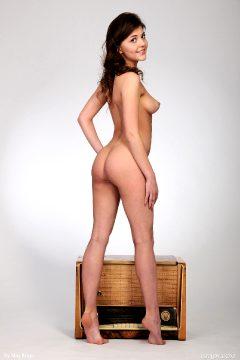 Lindsey T
