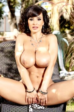 Lisa Ann – Lisas Big Secret