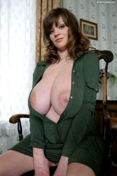 Love This Woman If You Can Find More Of Her Please Post Them