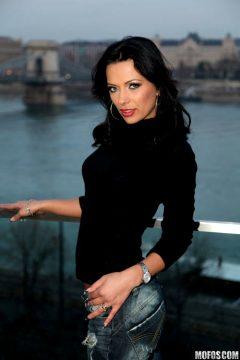 Milfmonday W Euro Babe Shalina Devine From Romania