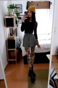 My Oldschool Legs In A Skimpy Skirt