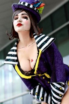 OMGcosplay As Mad Moxxi