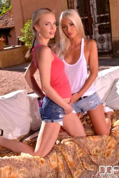 Photoset Denim Babes Blonde