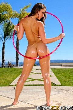 Remy's Ring Toss – Remy Lacroix – Big Wet Butts