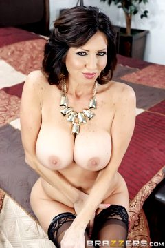 Stepmom Soothes The Groomtara Holidaymommy Got Boobs