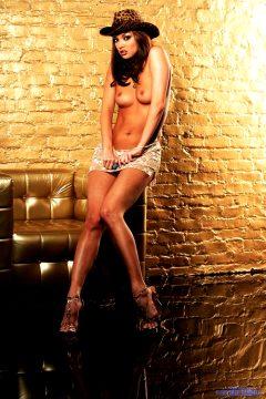 Super Sexy Babe Valentina Vaughn