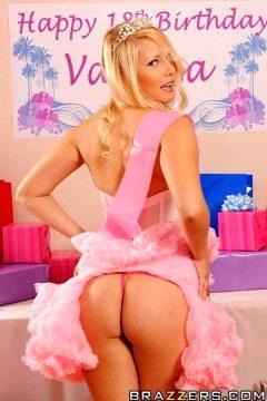 Sweet 18 Slut – Vanessa Cage – Teens Like It Big
