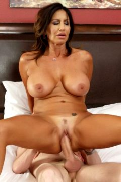 Tara Holiday – Overnight With Stepmom