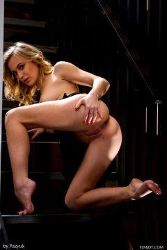 Vika P May 12, 2017 – Red Wine – Femjoy – – Beautiful Nude Women The Honky Tonk Beaver